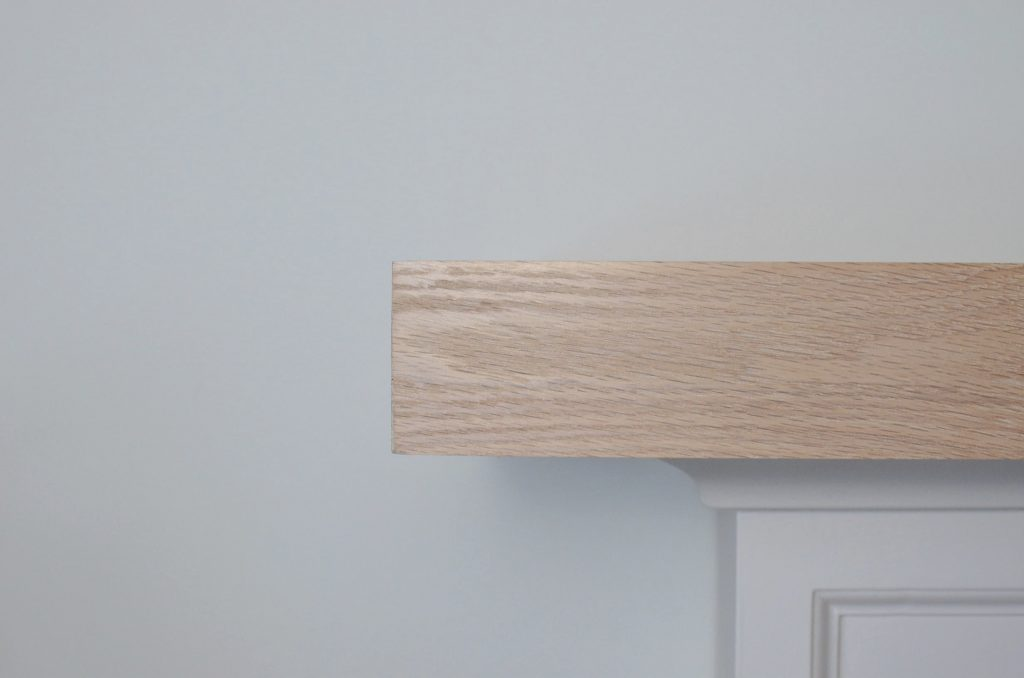 OAK MANTLE